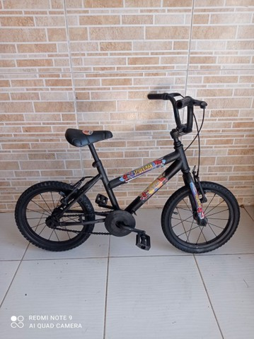 Bicicleta aro 16 do homem aranha bem conservada por 200 reais!