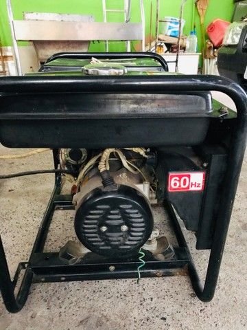 Gerador a diesel TOYAMA 3,8kva - Foto 3