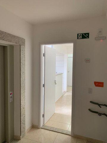 "Alugo apartamento ""novo"" no condomínio "" Jardim de Madri - Bloco com elevador - Foto 19"