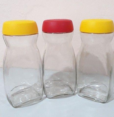 São 11 vidros de Nescafé dos grandões em estado de Novo  - Foto 2