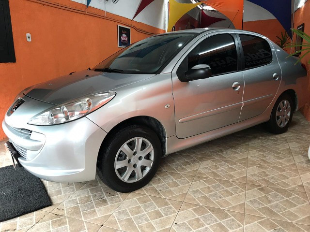 Peugeot 207 1.4 xr passion 8v flex 4p manual com gnv