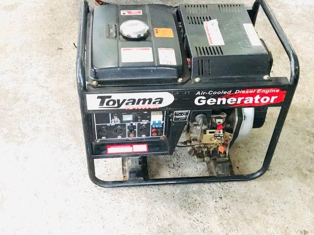 Gerador a diesel TOYAMA 3,8kva - Foto 6