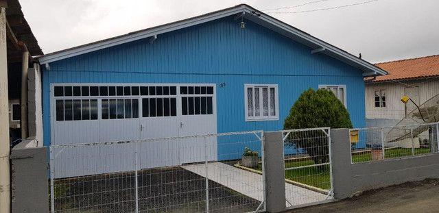 Casa localizada no centro de urubici