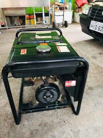 Gerador a diesel TOYAMA 3,8kva - Foto 5