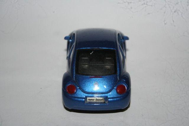 Miniatura Metal New Beetle Maísto - Foto 4