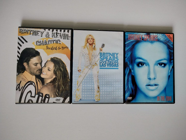 DVD BRITNEY SPEARS (APENAS IN THE ZONE DISPONÍVEL)