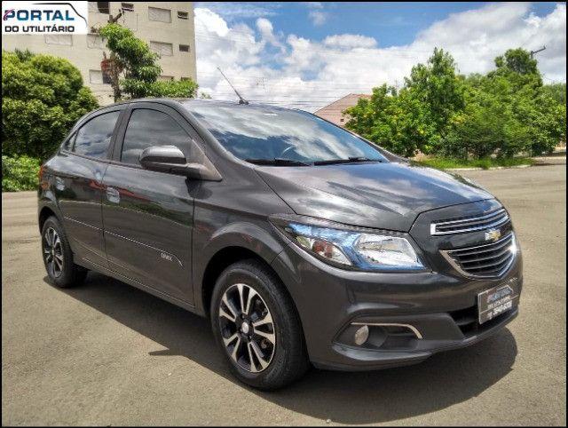 Chevrolet Onix Hatch LT - 2016 - Cinza, 1.4 Flex, Único Dono, Baixíssimo Km !! - Foto 14