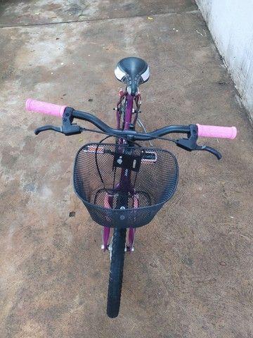 Bicicleta Aro 20 com cestinha  - Foto 2