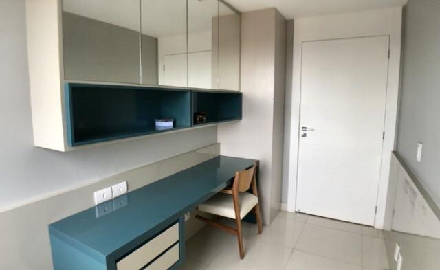 Apartamento Na Ilhotas - Projetado- Climatizado   Todo No Porcelanato
