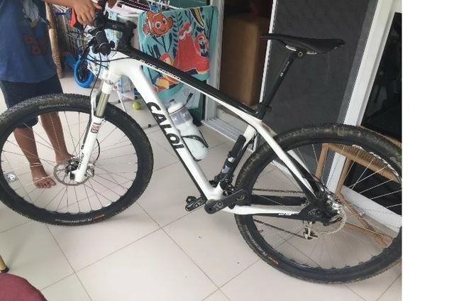Bicicleta Caloi Elite Carbon 29 - Quadro 19