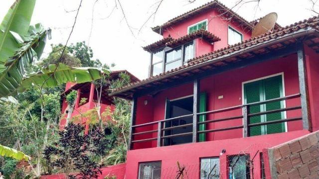 Alto de Geribá - Excelente casa com 06 quartos (02 suítes) e demais dependências