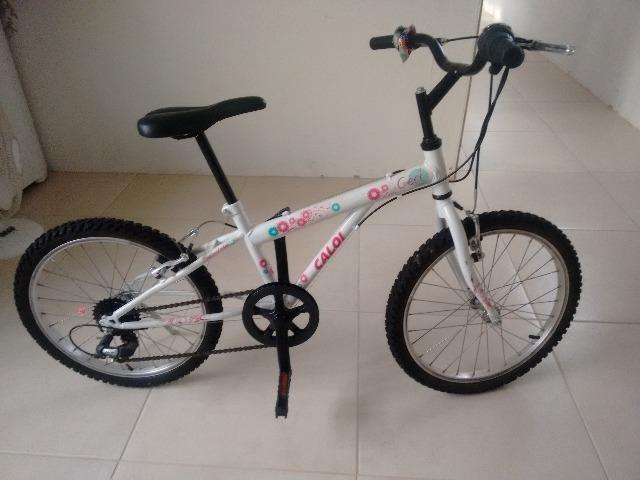 Bicicleta Caloi Ceci, aro 20, 7 marchas