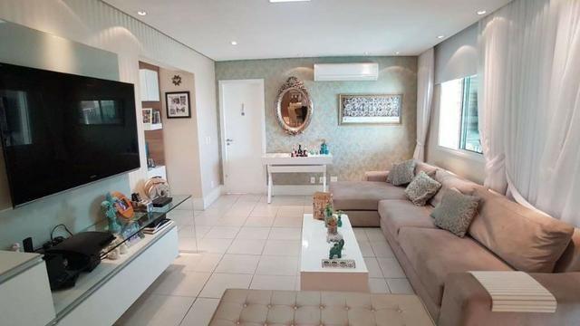 Apartamento com 3 suítes e living ampliado _ no Condomínio Farol da Ilha