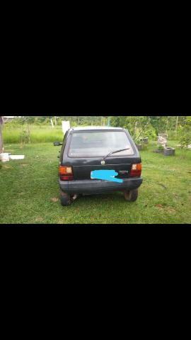 Vende-se um Fiat Uno Mille R$5.800
