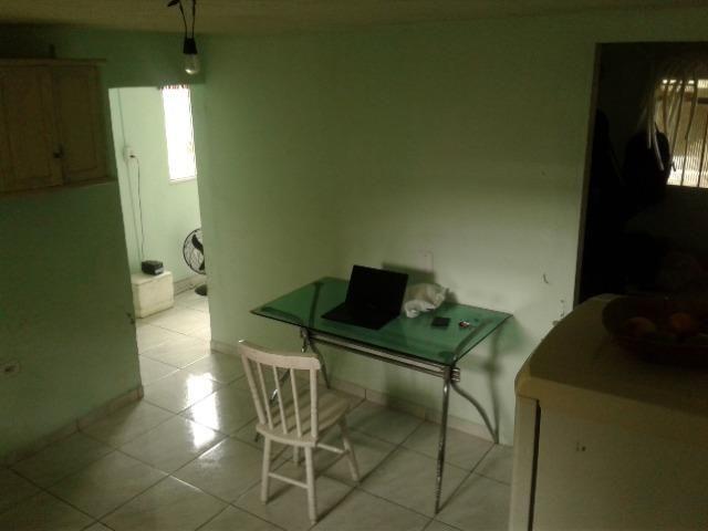 Kitnet 1 quarto cozinha banheiro. Vila Nova Caioba