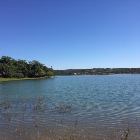 Chácara beira lago Caldas Novas - Foto 2
