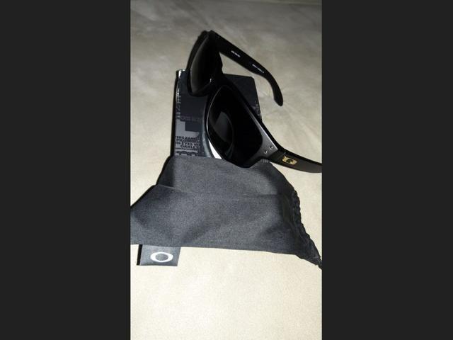 Óculos de sol da marca oackley holbrook só venda.ORIGINAL COMPRADO NA ÓTICA  CAROL 9d902a7c23