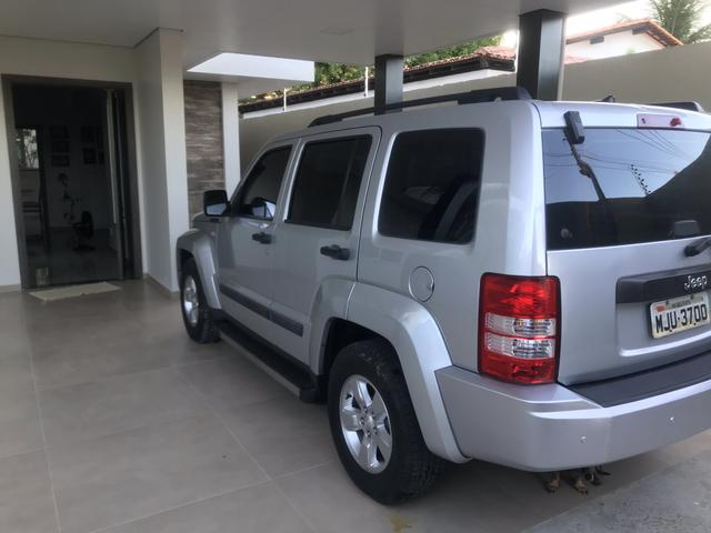 Jeep Cherokee Sport Automática 4x4 2012 - Foto 6