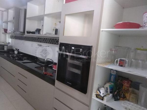 Casa sobrado com 5 quartos na Vila Santa Helena em Goiânia - Foto 16