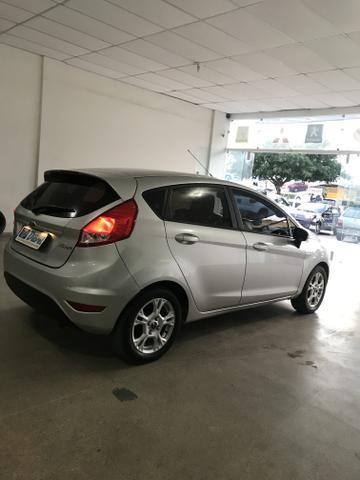 Ford New Fiesta automático - Foto 6
