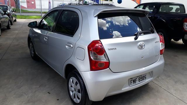 Toyota Etios xs 1.5 - Foto 5