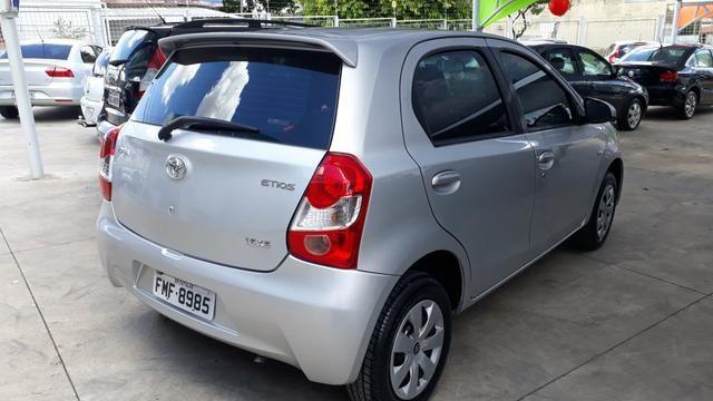 Toyota Etios xs 1.5 - Foto 6