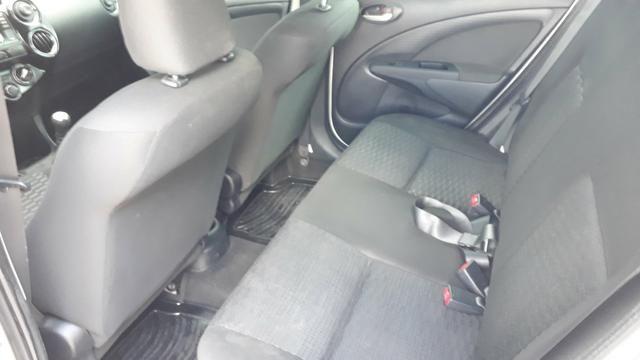Toyota Etios xs 1.5 - Foto 4