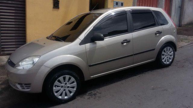 Ford Fiesta 2006 - Foto 4