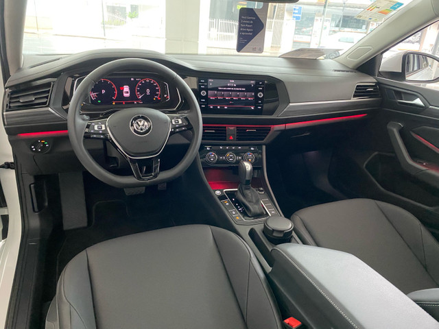 Volkswagen JETTA COMFORTLINE 250 TSI + PAINEL DIGITAL TETO SOLAR - Foto 11