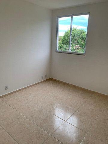 "Alugo apartamento ""novo"" no condomínio "" Jardim de Madri - Bloco com elevador - Foto 15"