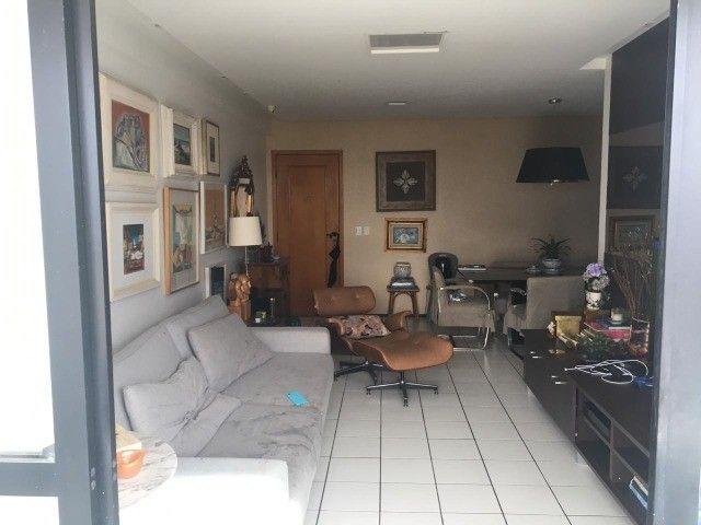 JE Imóveis vende: Apartamento 3 suítes bairro Jóquei Teresina com móveis
