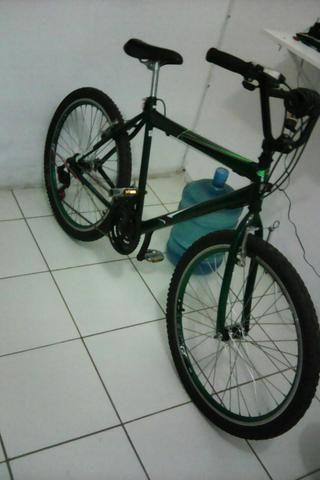 Vendo bike aro 26! 550