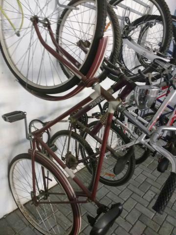 Bicicleta Antiga Monark R$ 700,00