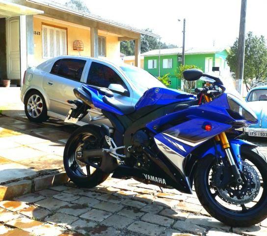Yamaha r1 impecável 9800 km