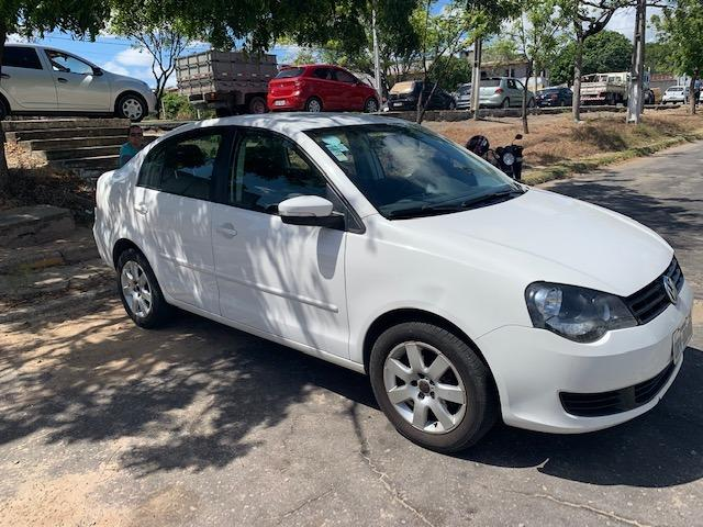 Vendo Polo Sedan Extra - Foto 2