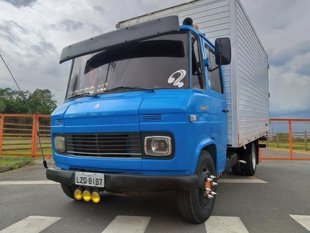 ea189570f2 Mb 608 ano 85 - Caminhões - Aventureiro