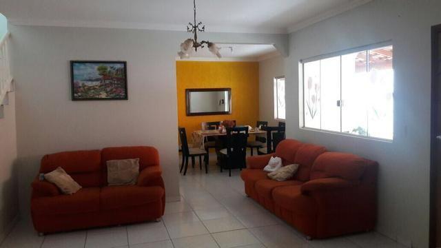 Vd/ troco casa de 4 qts, suíte em lote de 700 metros, aceita Sobradinho I - Foto 6