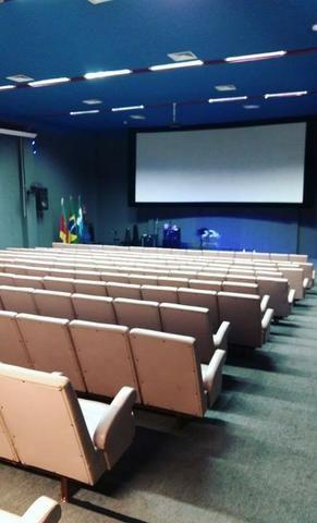 Sala de cinema com 200 poltronas no centro de Rio Grande - Foto 6