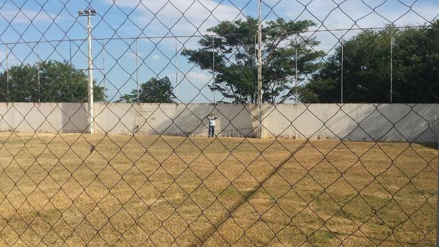 Terreno de 1.017 m2 com Benfeitorias e Edificações, Plano no Terra Verde em Fernandópolis - Foto 3