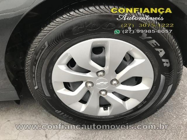 GM / Onix Hatch LT 1.0 8V - Foto 10