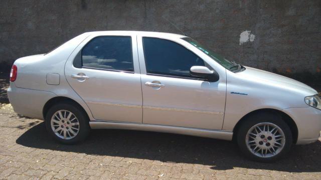 VENDO Siena 08/09- *interessados entrar em contato - Foto 2