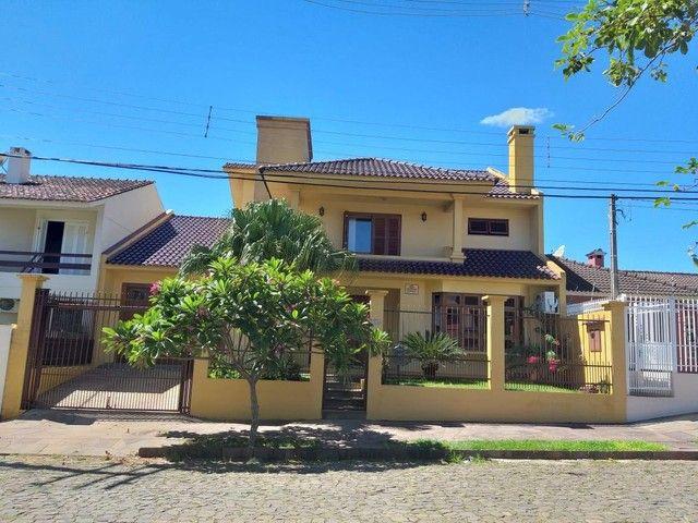 VENDA | Casa, com 3 quartos em Camobi, Santa Maria
