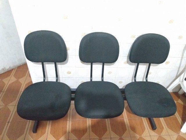 Cadeira de 3 Lugares (Preta) - Foto 2