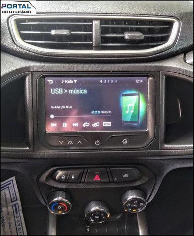 Chevrolet Onix Hatch LT - 2016 - Cinza, 1.4 Flex, Único Dono, Baixíssimo Km !! - Foto 10