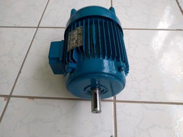 Motor Elétrico  Trifásico 4hp - 2880rpm usado