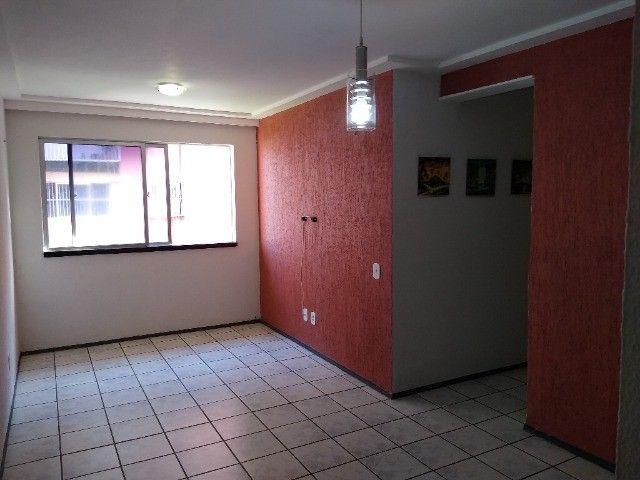 Apto TAbapua, Rua Rio Regro, com armários e Ar condicionado - Foto 7