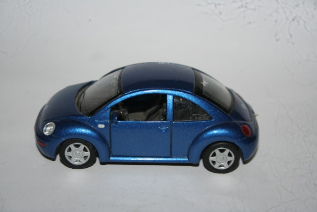 Miniatura Metal New Beetle Maísto - Foto 2