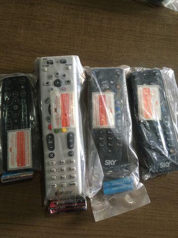 Cabo HDMI e controles - Foto 2