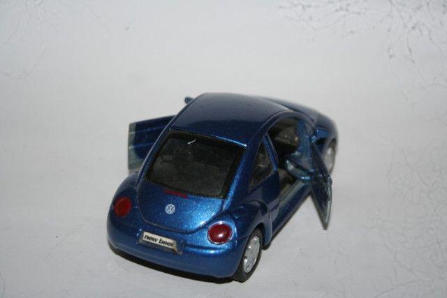 Miniatura Metal New Beetle Maísto - Foto 3