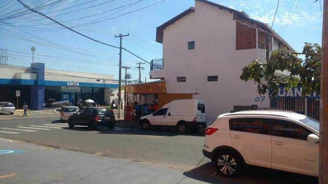 COMÉRCIO ATIVO+ SALAS COMERCIAIS ALUGADAS + CASAS  - Foto 10